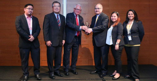 Representatives from the Department of Foreign Affairs and APO Production Unit accepting the award for Best ID Document