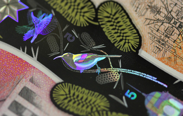 The new $5 Australian banknote foil stripe. © Reserve Bank of Australia.