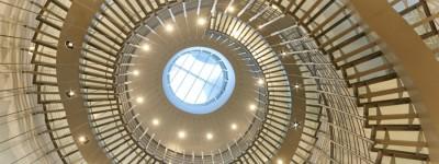 Westin-Warsaw-Lobby-staircase